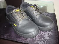 Safety shoes EartWorks – Size 8 and 7