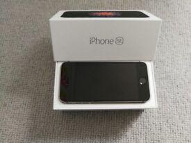 iPhone SE Unlocked. 32GB