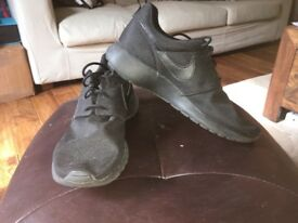Nike air roshe size UK 6