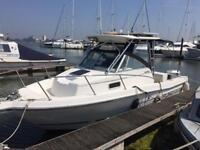 American Built Robalo 2540 cabin/weekender fishing boat