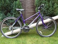Ladies Raleigh hybrid bike (47cm)