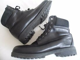 Timberland Boots Black Leather Nearly New