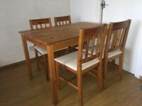 Handmade Reclaimed wood table and 4 chairs. Excellent condition