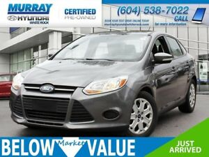 2013 Ford Focus SE**HEATED SEATS**BLUETOOTH**A/C**