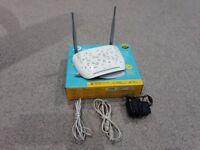 Excellent Condition TP-LINK TD-W9970 N300 VDSL/ADSL Modem Router