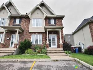 249 950$ - Maison en rangée / de ville à vendre à Chateauguay
