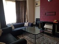 Spacious 1 Bedroom Flat in Leyton for £1200