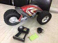 EZTEC 2FT BY 1FT 3 WHEELER LARGE CAR WITH 27 MHZ RADIO CONTROL SMETHWICK £25