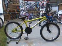 KATAPULT BMX BIKE 20 INCH WHEELS GREEN/BLACK GOOD CONDITION