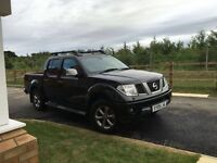 Nissan navara platinum. Tax 1st March 2017. MOT til 28th April 2017. Great motor great condition