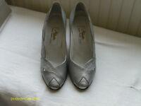 """""""RENATA"""" SILVER LEATHER SHOES AND CLUTCH BAG"""