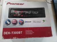 Pioneer DEH-7300BT bluetooth/USB/CD/radio - boxed and complete. Includes Ford and Peugeot harnesses