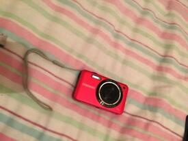 Samsung ES74 camera