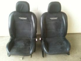 Renaultsport Clio front seats