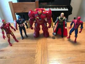 Marvel Hulkbuster Ultron and 4 Characters