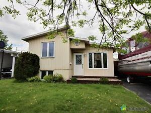 149 500$ - Maison à deux paliers à vendre à Arvida