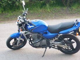 Kawasaki ER5.