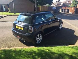 Mini Cooper (chille pack) £5700Selling this motor for my friend so please contact Martin or Michlle