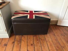 Union Jack leather blanket / storage box
