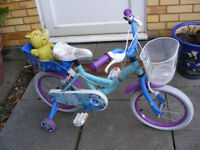 """GIRLS 16"""" WHEEL FROZEN BIKE WITH FITTED STABILISERS AGE 4+ GREAT CONDITION"""