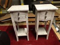 2x Bedroom tables - My Glam Home Repousse 2-Drawer Bedside table. Wood, White/Silver