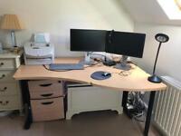 Office desk - excellent condition