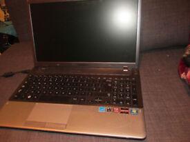 Laptop SAMSUNG i7 6GB RAM 750GB HDD ( Dedicated graphic card !!! )