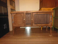 brand new 4ft rabbit/guinea pig hutch in dsark oak