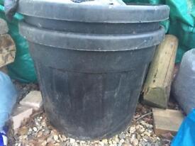 Large plastic pots