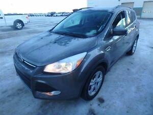 2014 Ford Escape SE AWD WITH LEATHER, BACK-UP CAMERA