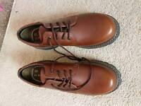 Mens shoes size 10's