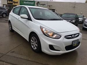 2014 Hyundai Accent GL/PRICED FOR AN IMMEDIATE SALE/ LOW, LOW KM Kitchener / Waterloo Kitchener Area image 11