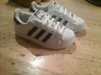 Adidas superstar trainer kids size 11 timberland convers nike 5 pairs