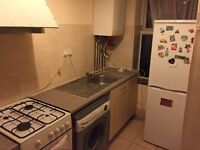 Nice Studio flat to rent in hounslow TW3 Staines road just 2 min walk from high street
