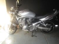 In good all around condition original low mileage Suzuki Bandit mk3 600 cc.