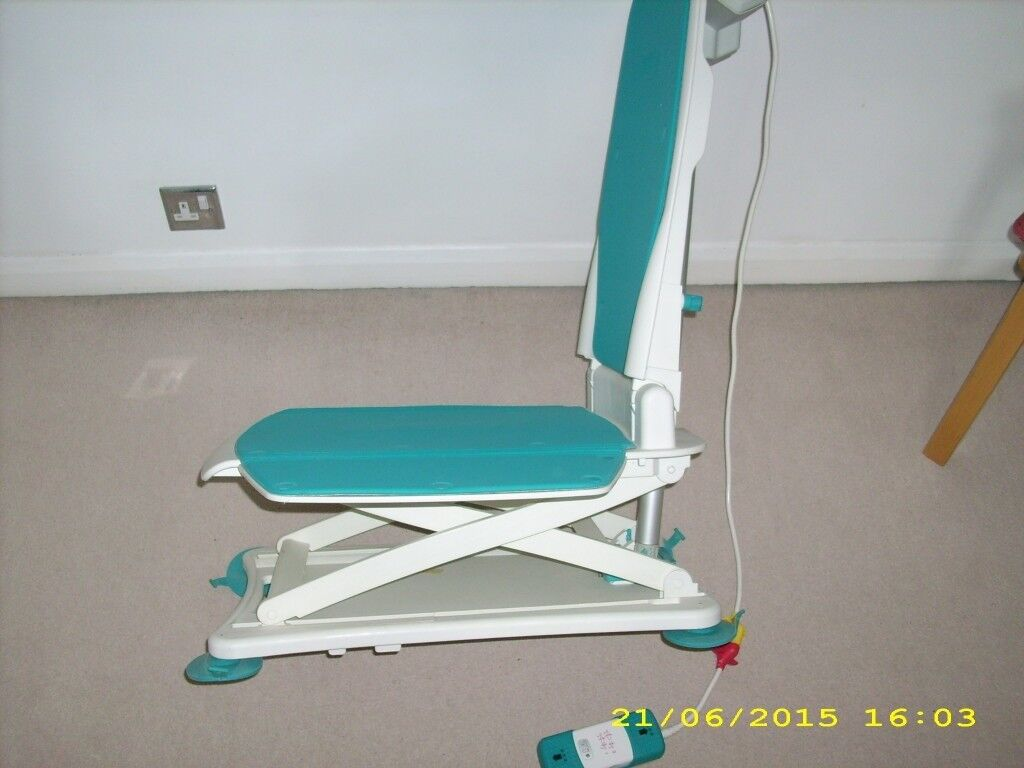 Bath Chair Lift – Never Used | in Shoreham-by-Sea, West Sussex | Gumtree