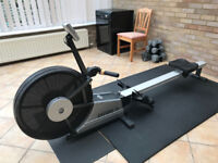 Horizon Oxford 4 Rowing Machine - Very Good Condition