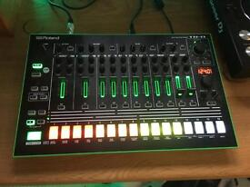 Roland TR-8 Mint condition , near new!