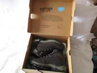 Ladies Walking Boots – Brand New Size 5 - £25- ONO