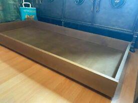 FUTON COMPANY BIRCH UNDER BED FUTON SOFA BED STORAGE DRAWER ON WHEELS