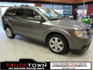 2012 Dodge Journey LOADED WITH LEATHER AND NAV FOR YOUR JOURNEY!