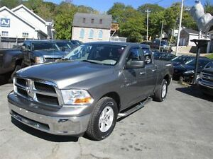 2011 Ram 1500 SLT, Quad Cab, 4x4, Only 86000 Kilometers!!