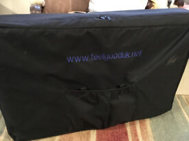 Professional Portable Massage Therapy Bed excellent condition with carry case and accessories