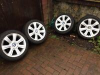 BMW alloys excellent condition 225/45/17