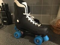 Bauer Style Roller skates size 8