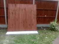 Fence panel and gravel board
