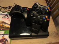 XBox 360, 3 controllers & games