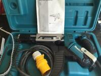 Makita 110volt Autofeed screwgun.