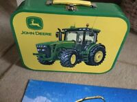 John Deere Jigsaw set in a tin. Genuine John Deere product.