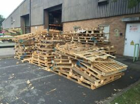 FREE PALLETS / SCRAP WOOD WITH FREE DELIVERY
